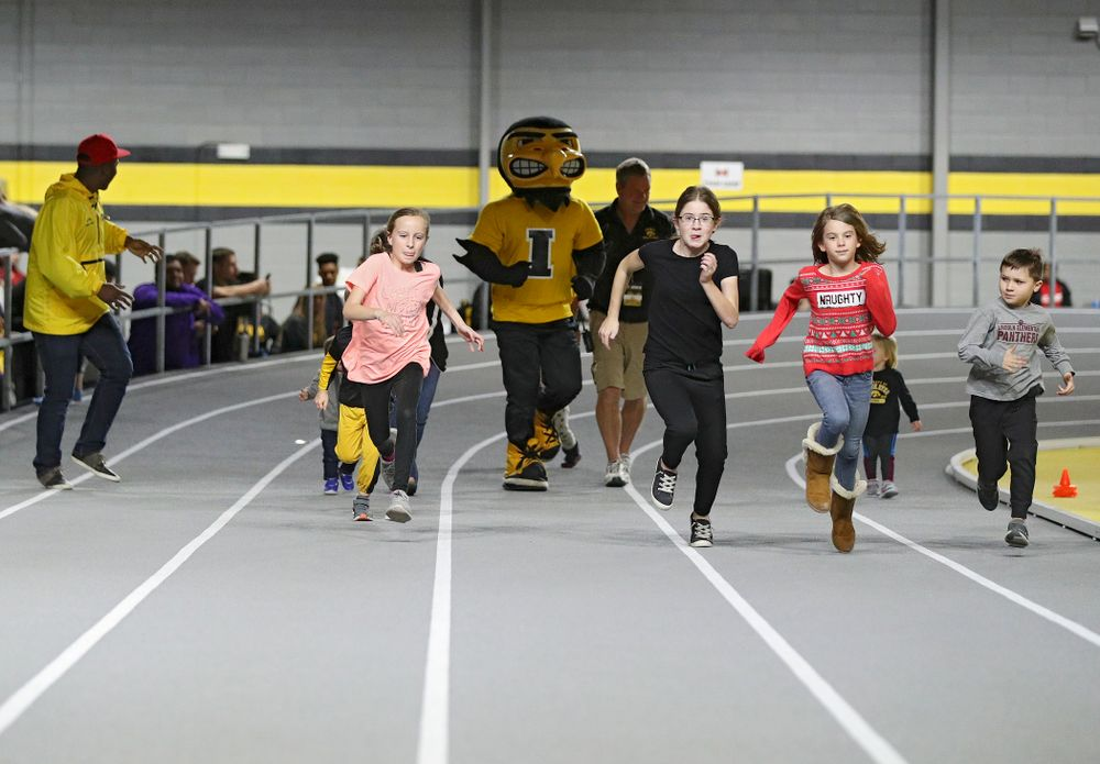 The Herky Kid's Race during the Jimmy Grant Invitational at the Recreation Building in Iowa City on Saturday, December 14, 2019. (Stephen Mally/hawkeyesports.com)