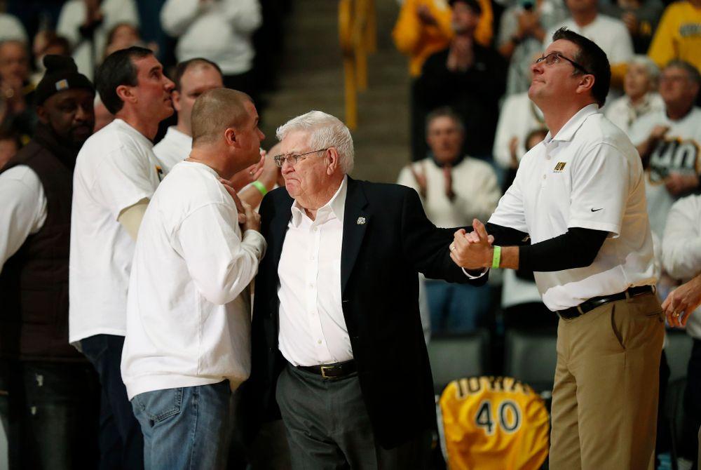 Former head coach Tom Davis