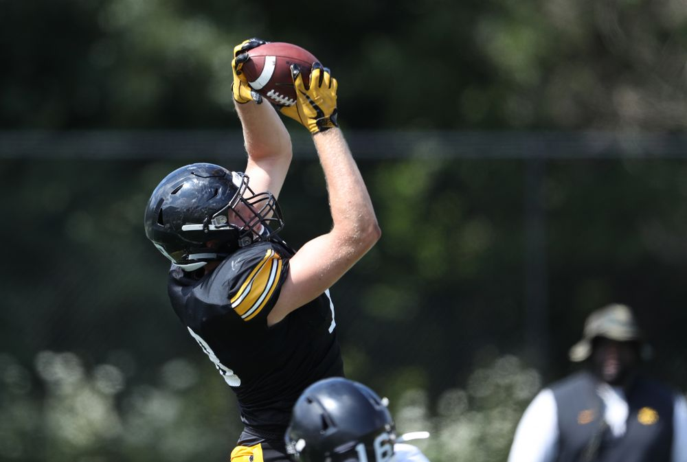 Iowa Hawkeyes tight end Drew Cook (18) during Fall Camp Practice No. 5 Tuesday, August 6, 2019 at the Ronald D. and Margaret L. Kenyon Football Practice Facility. (Brian Ray/hawkeyesports.com)