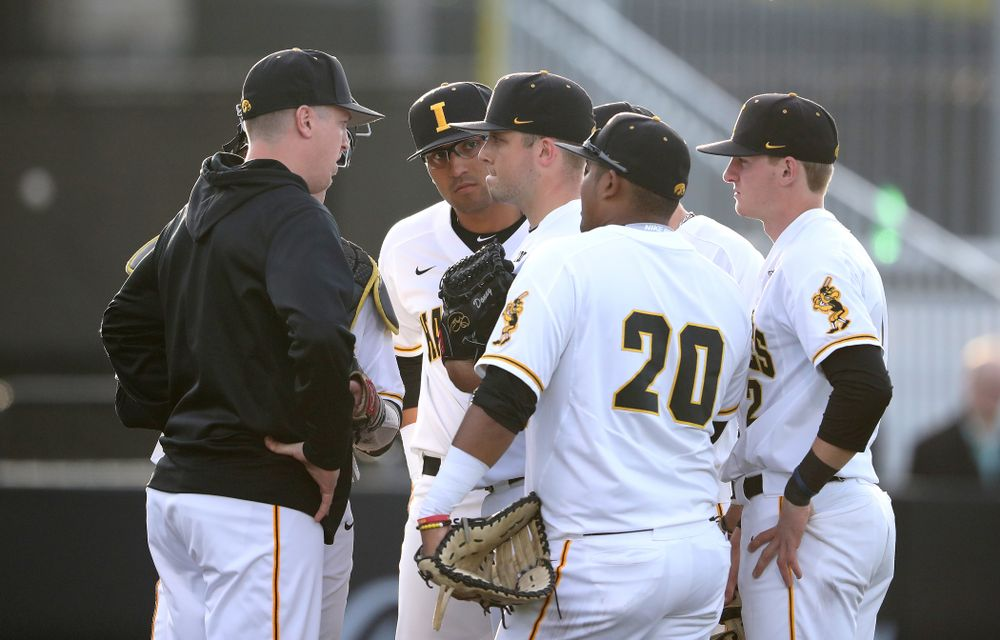 Iowa Hawkeyes Cole McDonald (11) and pitching coach Tom Gorzelanny during game one against UC Irvine Friday, May 3, 2019 at Duane Banks Field. (Brian Ray/hawkeyesports.com)