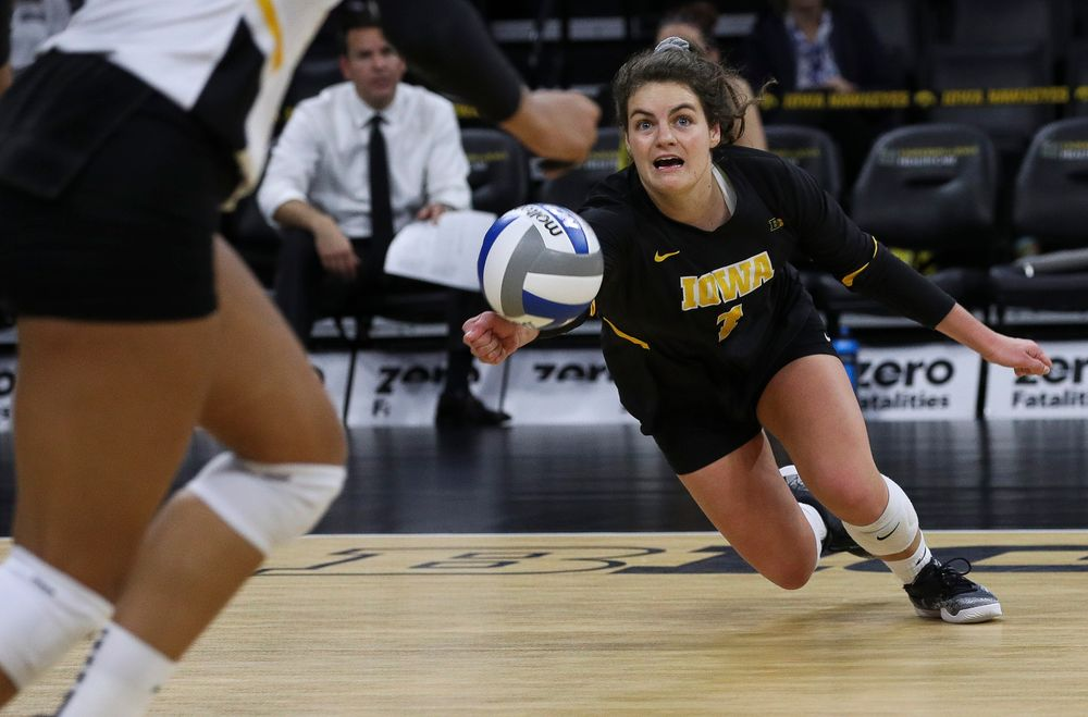 Iowa Hawkeyes defensive specialist Molly Kelly (1) digs the ball during a match against Penn State at Carver-Hawkeye Arena on November 3, 2018. (Tork Mason/hawkeyesports.com)