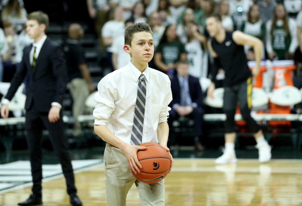 Manager Dylan Mihalke against Michigan State Tuesday, February 25, 2020 at the Breslin Center in East Lansing, MI. (Brian Ray/hawkeyesports.com)