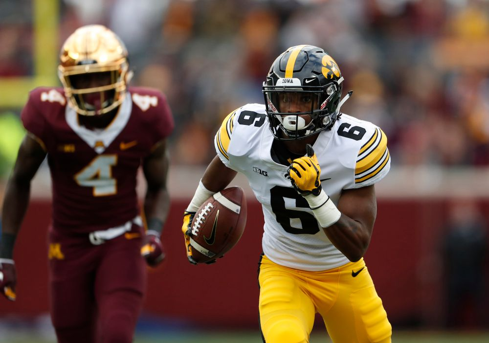 Iowa Hawkeyes wide receiver Ihmir Smith-Marsette (6) scores against the Minnesota Golden Gophers Saturday, October 6, 2018 at TCF Bank Stadium. (Brian Ray/hawkeyesports.com)