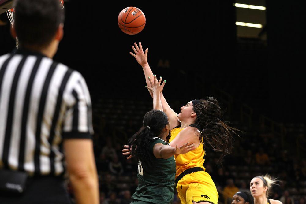 Iowa Hawkeyes forward Megan Gustafson (10) against the Michigan State Spartans Thursday, February 7, 2019 at Carver-Hawkeye Arena. (Brian Ray/hawkeyesports.com)
