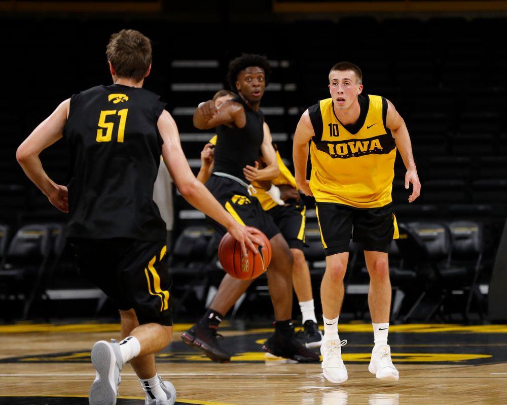 Iowa Hawkeyes guard Joe Wieskamp (10) during the first practice of the season Monday, October 1, 2018 at Carver-Hawkeye Arena. (Brian Ray/hawkeyesports.com)