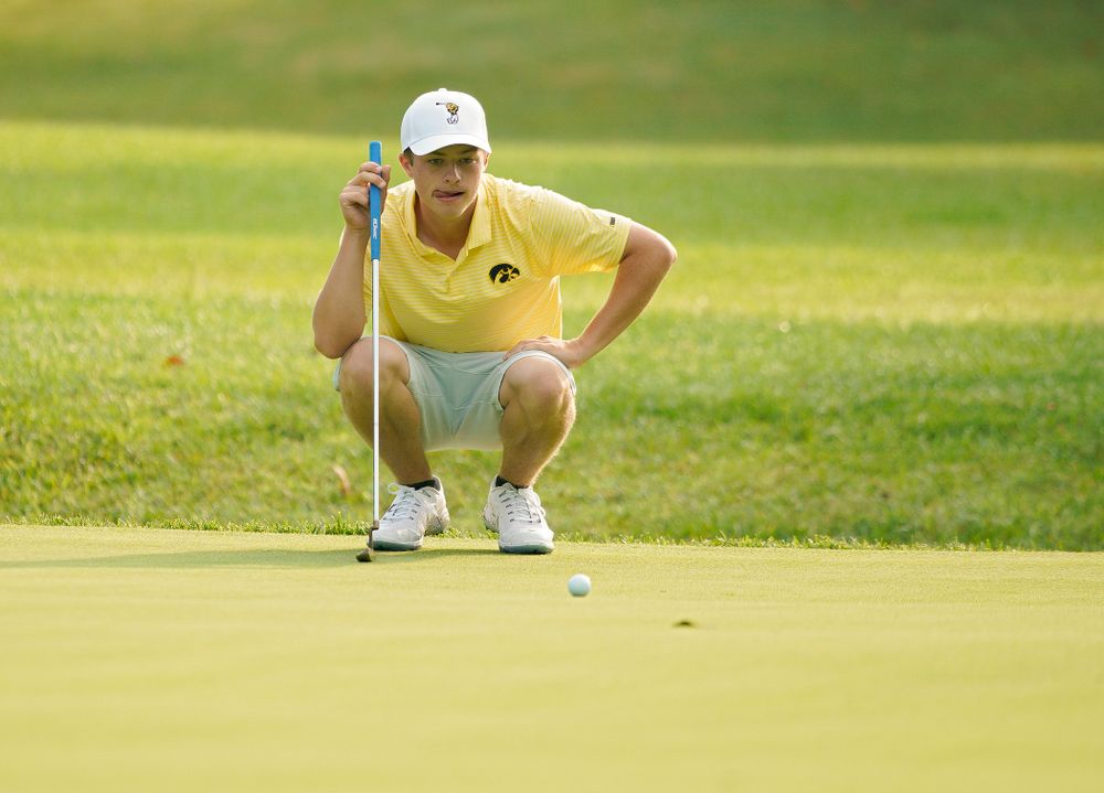 Iowa's Matthew Garside lines up a putt during the third day of the Golfweek Conference Challenge at the Cedar Rapids Country Club in Cedar Rapids on Tuesday, Sep 17, 2019. (Stephen Mally/hawkeyesports.com)