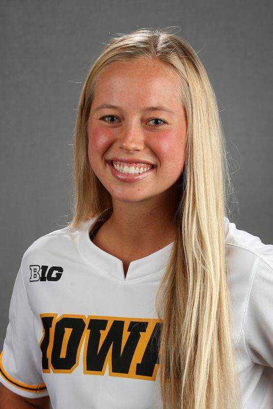 Emma  Olejniczak - Softball - University of Iowa Athletics