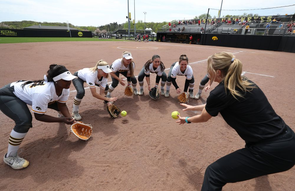 Assistant coach Lori Duncan against the Ohio State Buckeyes on senior day Sunday, May 5, 2019 at Pearl Field. (Brian Ray/hawkeyesports.com)