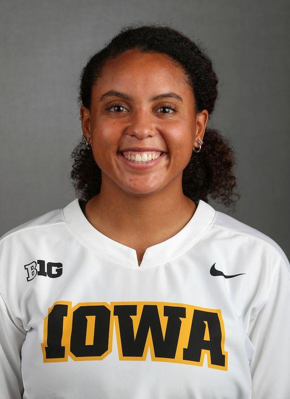 Avery Guy - Softball - University of Iowa Athletics