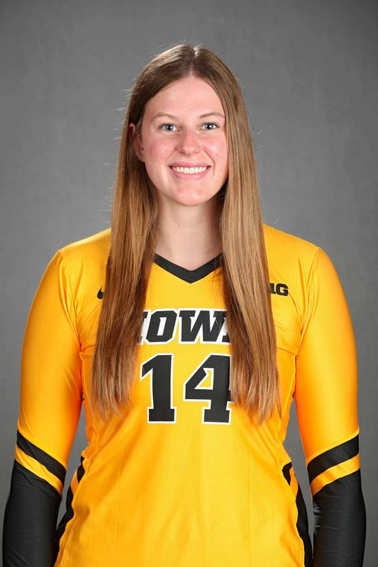 Emma Grunkemeyer - Volleyball - University of Iowa Athletics