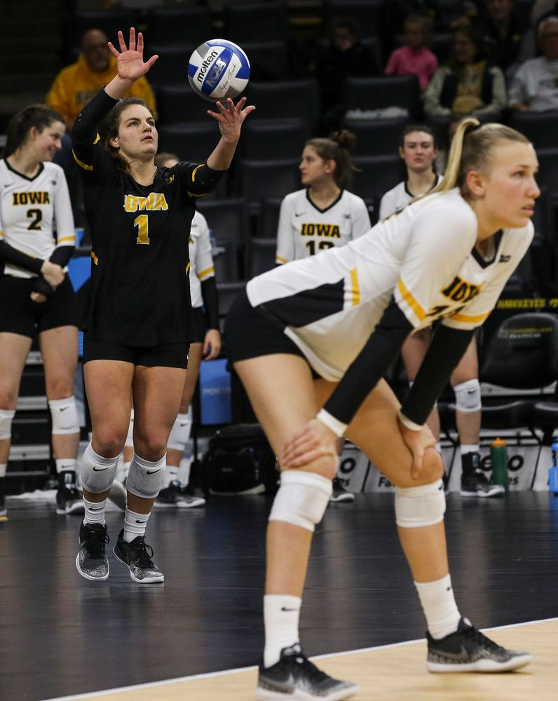 Iowa Hawkeyes defensive specialist Molly Kelly (1) serves the ball during a match against Rutgers at Carver-Hawkeye Arena on November 2, 2018. (Tork Mason/hawkeyesports.com)