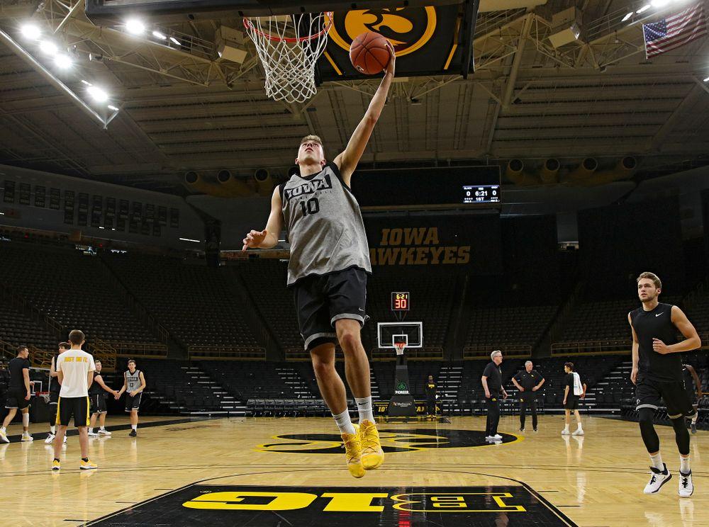 Iowa Hawkeyes guard Joe Wieskamp (10) makes a basket during practice at Carver-Hawkeye Arena in Iowa City on Wednesday, Oct 9, 2019. (Stephen Mally/hawkeyesports.com)