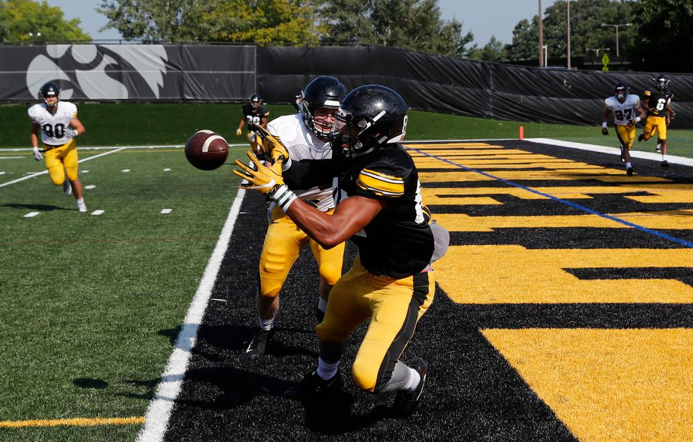 Iowa Hawkeyes tight end Noah Fant (87) during camp practice No. 17 Wednesday, August 22, 2018 at the Kenyon Football Practice Facility. (Brian Ray/hawkeyesports.com)