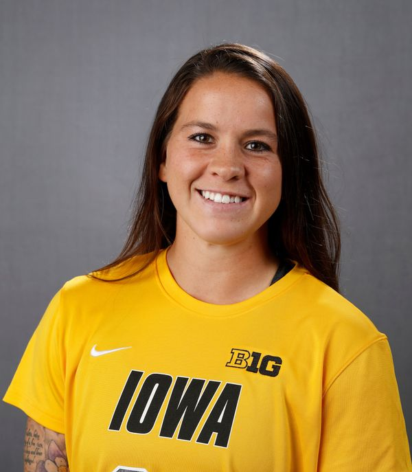Bri Toelle - Women's Soccer - University of Iowa Athletics