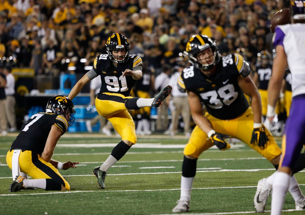 Iowa Hawkeyes placekicker Miguel Recinos (91) kicks an extra point try during a game against Northern Iowa at Kinnick Stadium on September 15, 2018. (Tork Mason/hawkeyesports.com)
