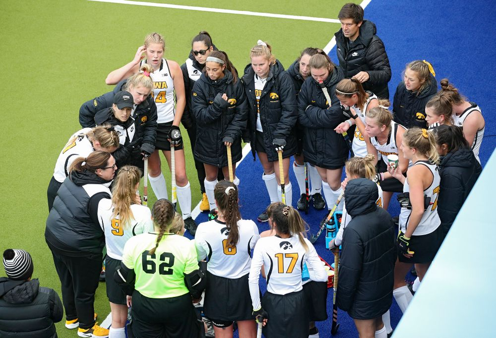 Iowa's head coach Lisa Cellucci talks with her team in a huddle between the third and fourth quarter of their NCAA Tournament Second Round match against North Carolina at Karen Shelton Stadium in Chapel Hill, N.C. on Sunday, Nov 17, 2019. (Stephen Mally/hawkeyesports.com)