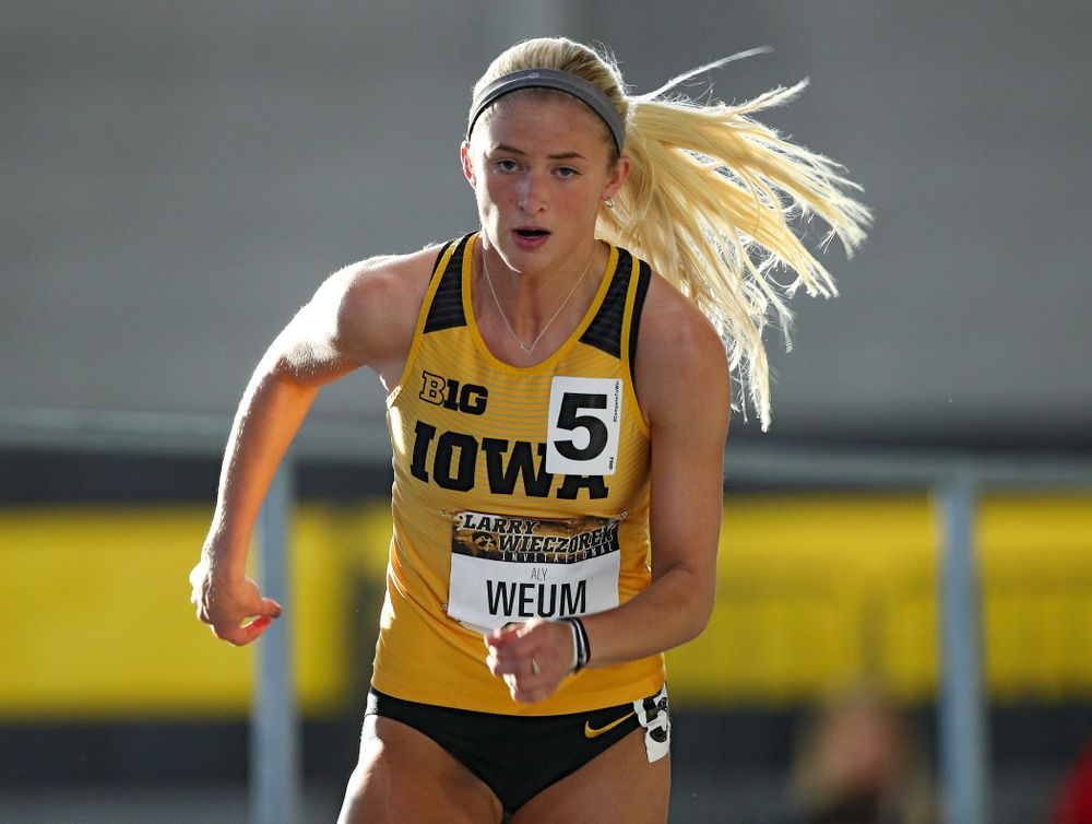 Iowa's Aly Weum runs the women's 400 meter dash premier event during the Larry Wieczorek Invitational at the Recreation Building in Iowa City on Saturday, January 18, 2020. (Stephen Mally/hawkeyesports.com)