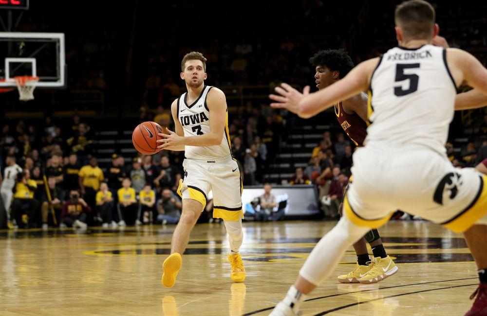 Iowa Hawkeyes guard Jordan Bohannon (3) against the Minnesota Golden Gophers Monday, December 9, 2019 at Carver-Hawkeye Arena. (Brian Ray/hawkeyesports.com)