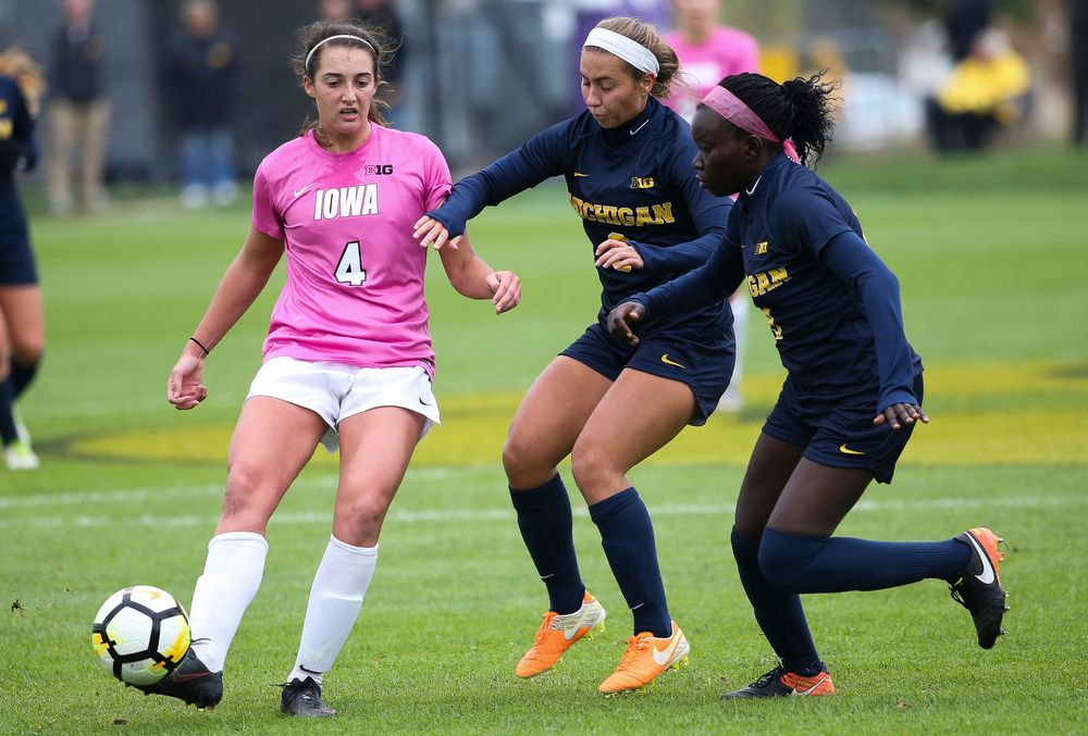 Iowa Hawkeyes forward Kaleigh Haus (4) passes the ball during a game against Michigan at the Iowa Soccer Complex on October 14, 2018. (Tork Mason/hawkeyesports.com)