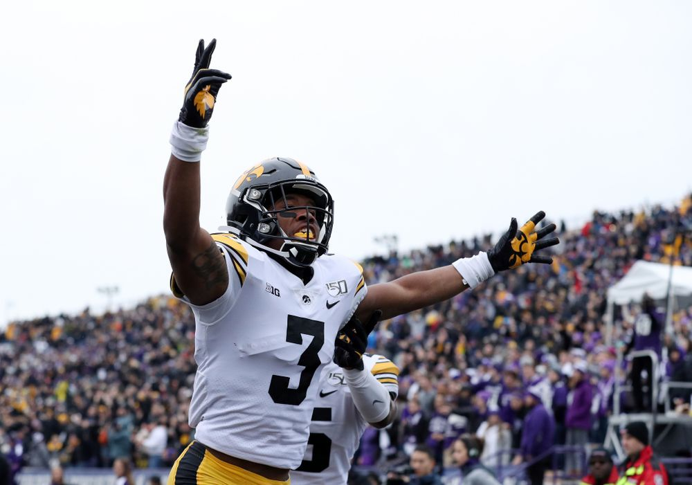 Iowa Hawkeyes wide receiver Tyrone Tracy Jr. (3) scores against the Northwestern Wildcats Saturday, October 26, 2019 at Ryan Field in Evanston, Ill. (Brian Ray/hawkeyesports.com)