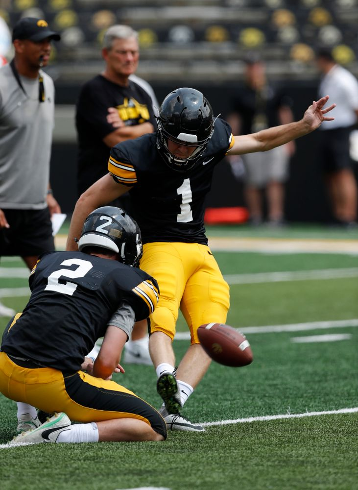 Iowa Hawkeyes place kicker Keith Duncan (1) during Kids Day Saturday, August 11, 2018 at Kinnick Stadium. (Brian Ray/hawkeyesports.com)