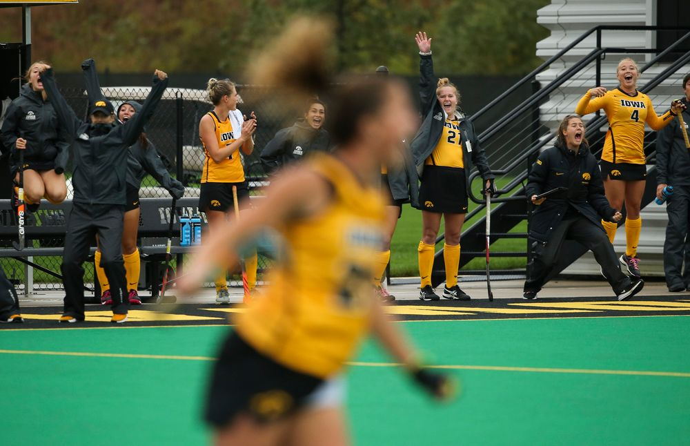 Members of the Iowa Hawkeyes field hockey team react after a goal during a game against Stanford at Grant Field on October 7, 2018. (Tork Mason/hawkeyesports.com)