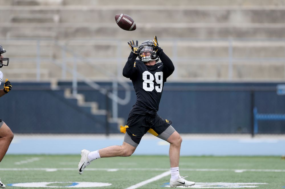 Iowa Hawkeyes wide receiver Nico Ragaini (89) makes a catch during practice Sunday, December 22, 2019 at Mesa College in San Diego. (Brian Ray/hawkeyesports.com)