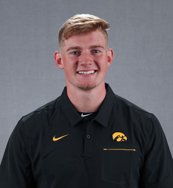 Andy  Nelson - Baseball - University of Iowa Athletics