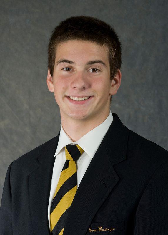 Grant Betulius - Men's Swim & Dive - University of Iowa Athletics