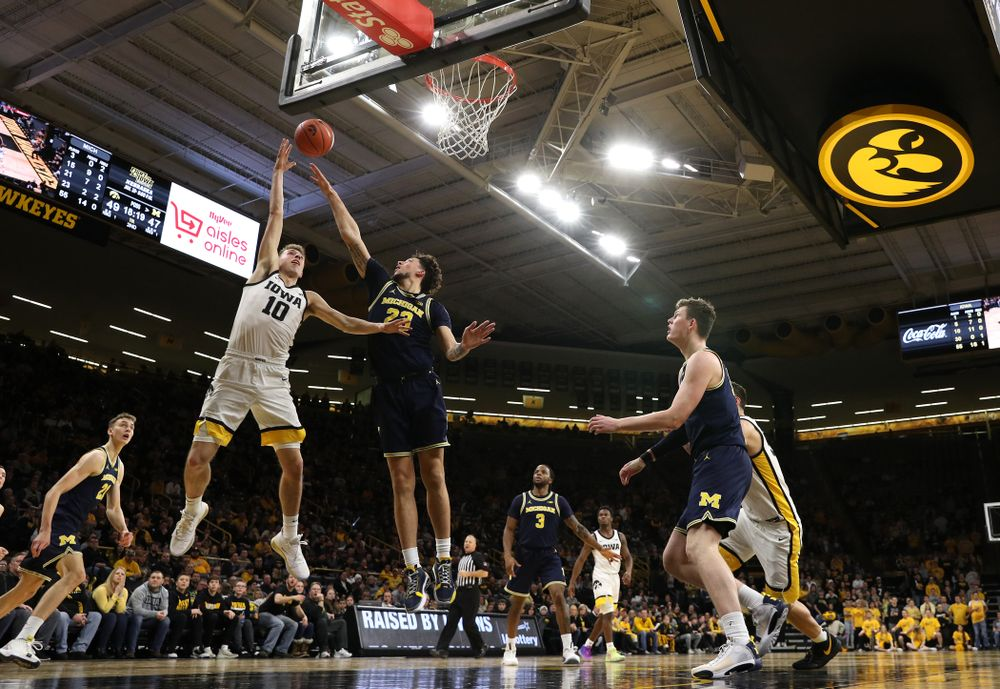 against the Michigan Wolverines Friday, January 17, 2020 at Carver-Hawkeye Arena. (Brian Ray/hawkeyesports.com)