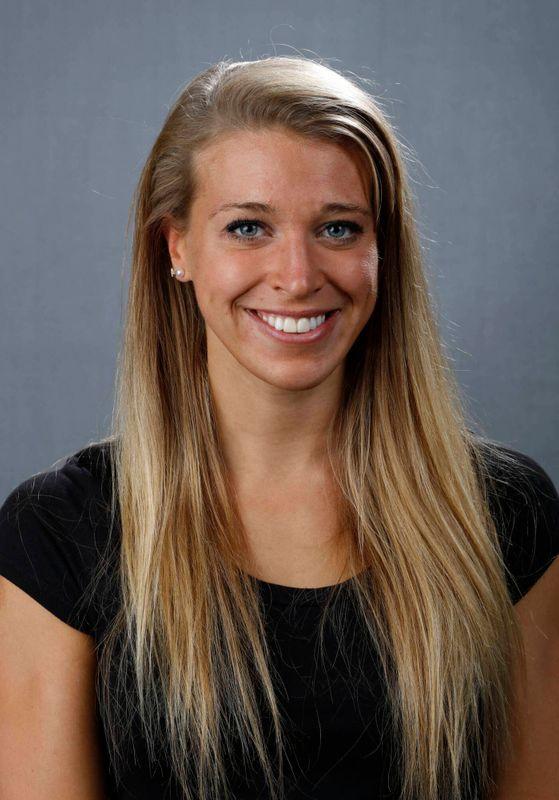 Emma Sougstad - Women's Swim & Dive - University of Iowa Athletics
