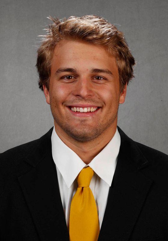 Tommy Kujawa - Football - University of Iowa Athletics