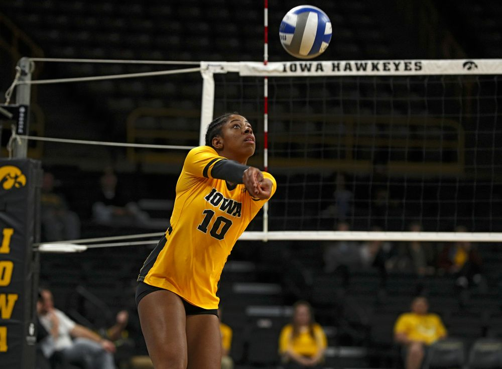 Iowa's Griere Hughes (10) eyes the ball during the first set of their match against Illinois at Carver-Hawkeye Arena in Iowa City on Wednesday, Nov 6, 2019. (Stephen Mally/hawkeyesports.com)