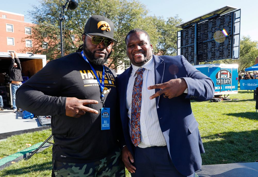 Colin Cole with Spice Adams as the BTN Tailgate does a live show Saturday, September 22, 2018 at Hubbard Park on the University of Iowa Campus. (Brian Ray/hawkeyesports.com)