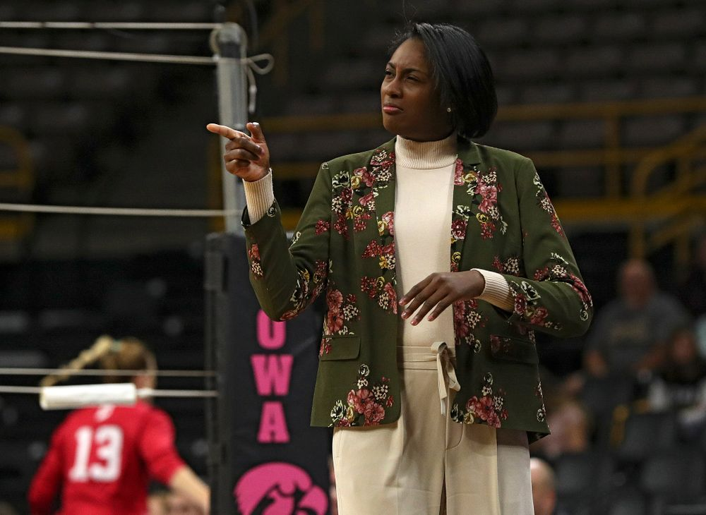 Iowa head coach Vicki Brown points to a member of her team during their match at Carver-Hawkeye Arena in Iowa City on Sunday, Oct 20, 2019. (Stephen Mally/hawkeyesports.com)