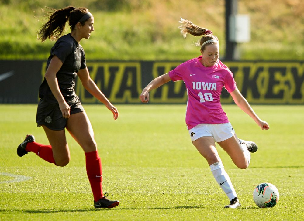 Iowa midfielder/defender Natalie Winters (10) passes the ball during the second half of their match at the Iowa Soccer Complex in Iowa City on Sunday, Oct 27, 2019. (Stephen Mally/hawkeyesports.com)