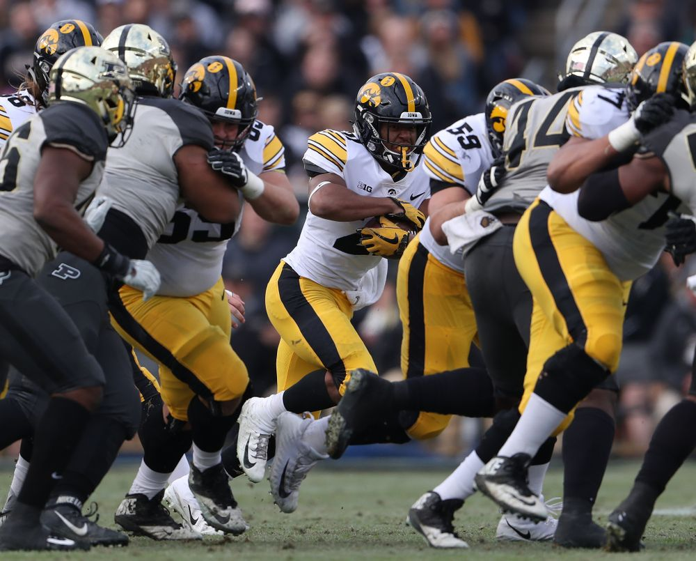 Iowa Hawkeyes running back Ivory Kelly-Martin (21) against the Purdue Boilermakers Saturday, November 3, 2018 Ross Ade Stadium in West Lafayette, Ind. (Brian Ray/hawkeyesports.com)