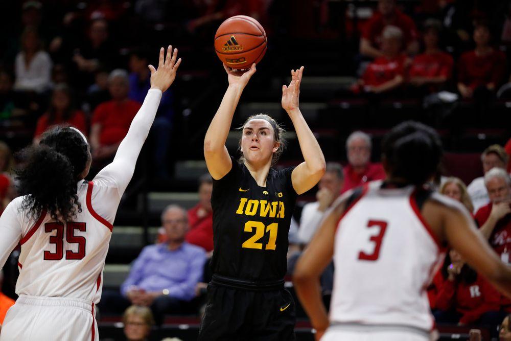 Iowa Hawkeyes forward Hannah Stewart (21)