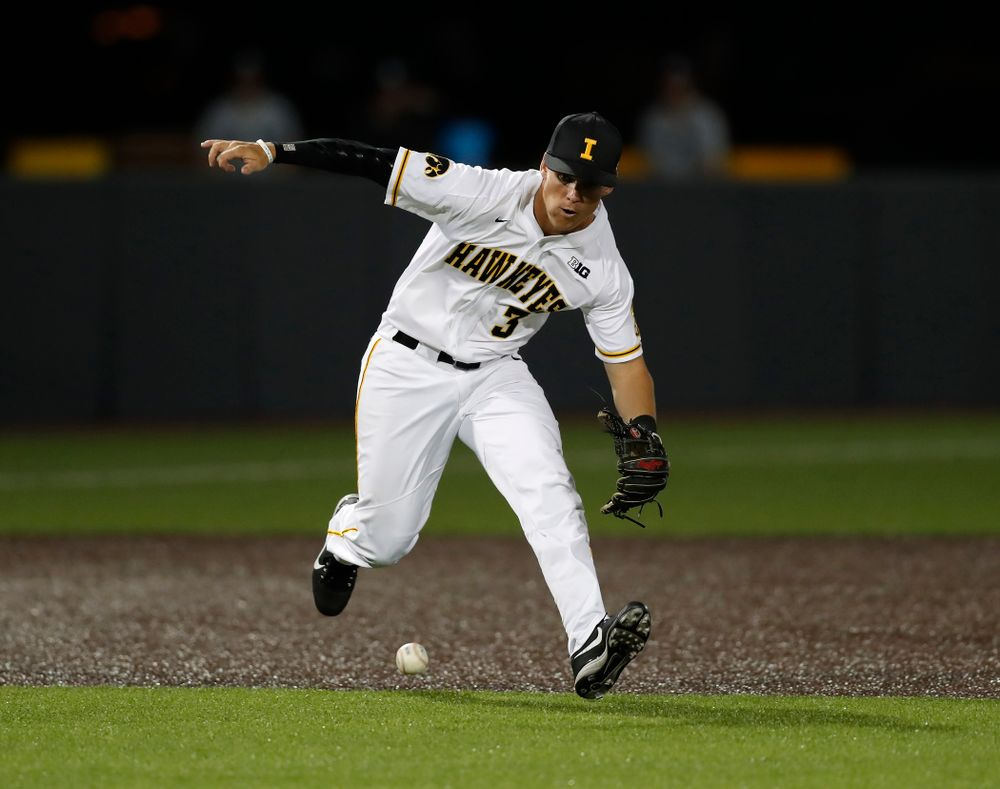 Iowa Hawkeyes infielder Matt Hoeg (3) against the Penn State Nittany Lions  Thursday, May 17, 2018 at Duane Banks Field. (Brian Ray/hawkeyesports.com)