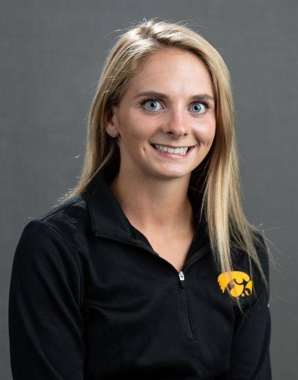 Taylor  Ryan - Softball - University of Iowa Athletics