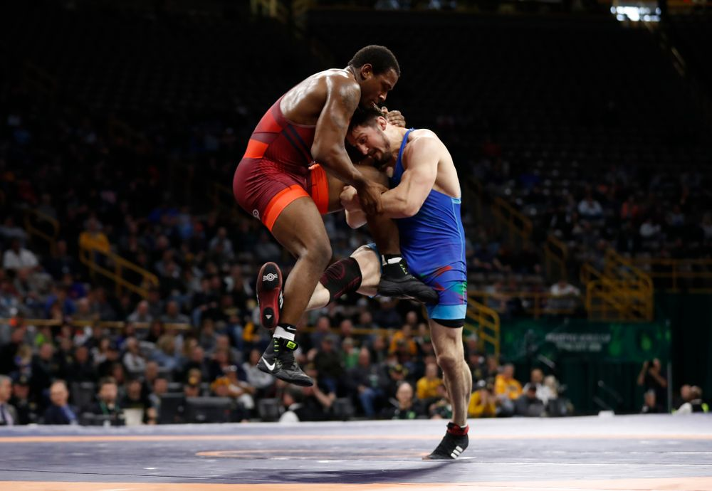 JÕden Cox during the gold medal match of the United World Wrestling Freestyle World Cup against Azerbaijan Sunday, April 8, 2018 at Carver-Hawkeye Arena. (Brian Ray/hawkeyesports.com)