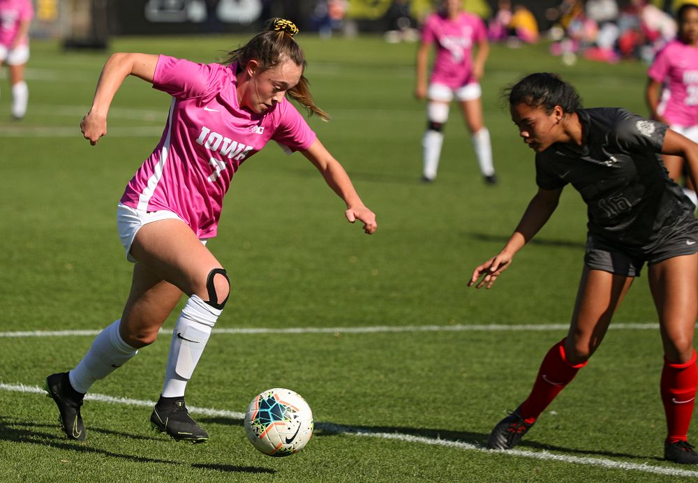 Iowa forward Skylar Alward (7) moves with the ball during the first half of their match at the Iowa Soccer Complex in Iowa City on Sunday, Oct 27, 2019. (Stephen Mally/hawkeyesports.com)