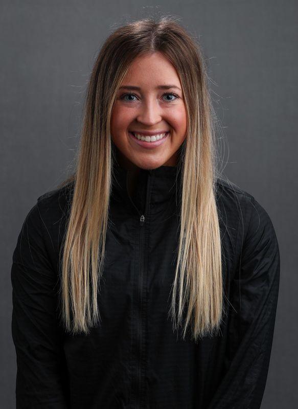 Maddie Kampschroeder - Women's Gymnastics - University of Iowa Athletics