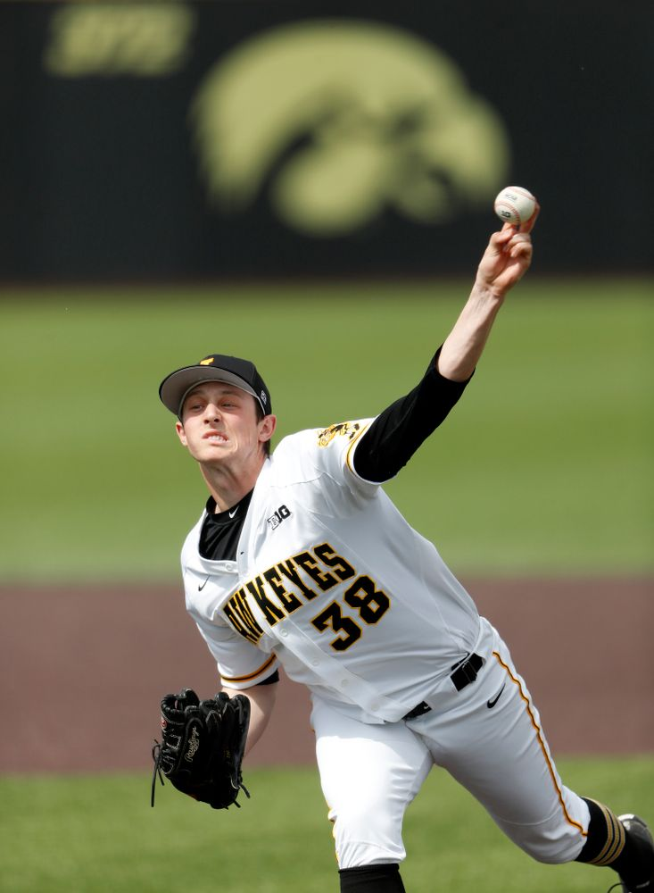 Iowa Hawkeyes pitcher Trenton Wallace (38) against the Missouri Tigers Tuesday, May 1, 2018 at Duane Banks Field. (Brian Ray/hawkeyesports.com)