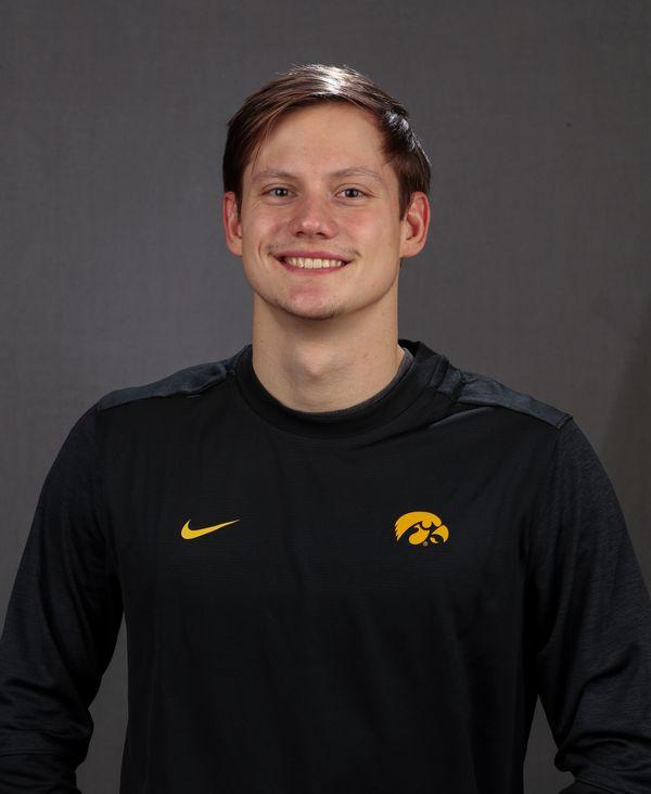 Anze Fers Erzen - Men's Swim & Dive - University of Iowa Athletics