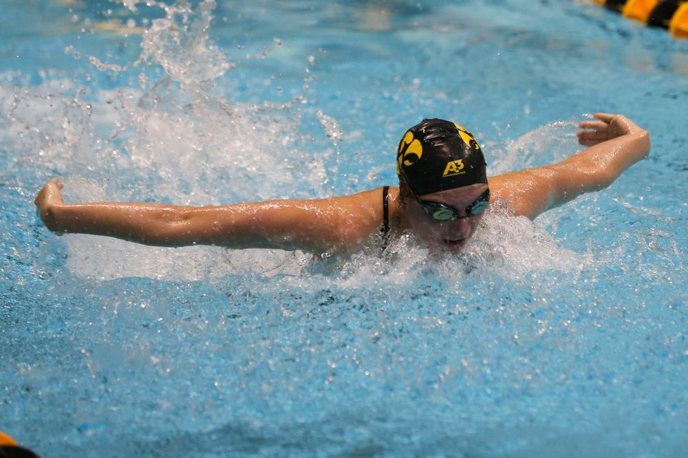 Iowa's Anna Brooker during Iowa swim and dive vs Minnesota on Saturday, October 26, 2019 at the Campus Wellness and Recreation Center. (Lily Smith/hawkeyesports.com)