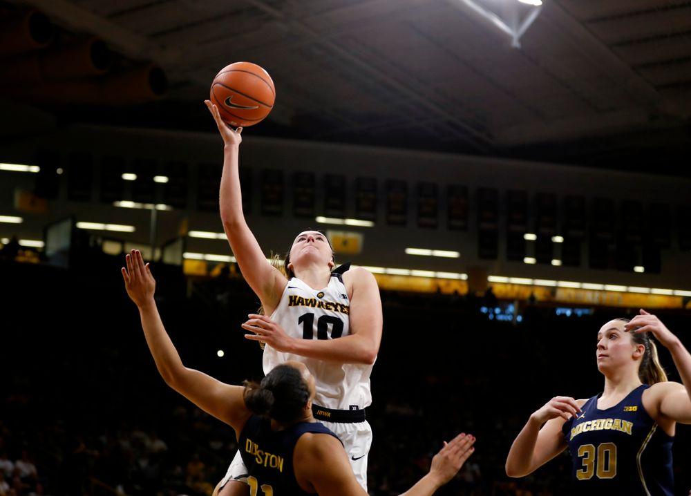 Iowa Hawkeyes forward Megan Gustafson (10