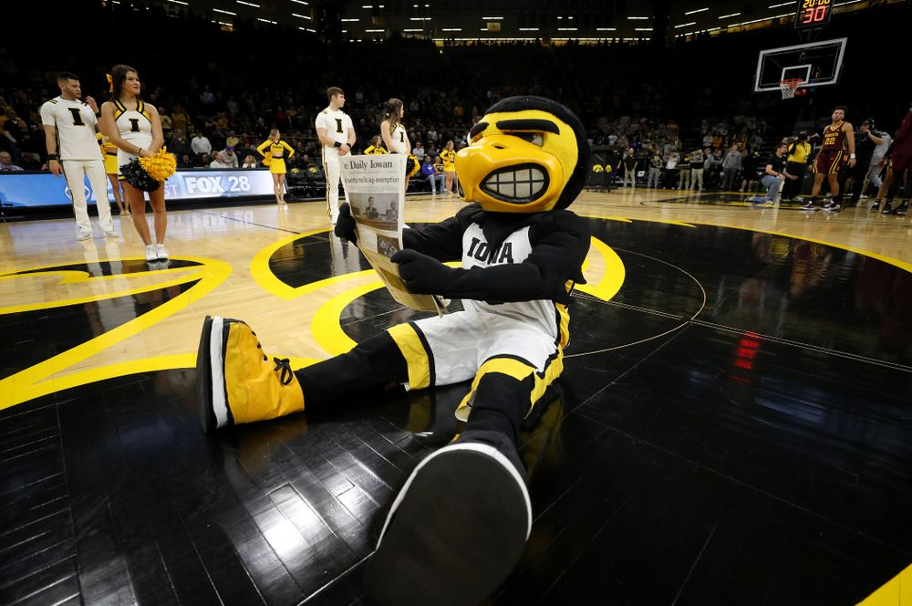 Herky The Hawk against the Minnesota Golden Gophers Monday, December 9, 2019 at Carver-Hawkeye Arena. (Brian Ray/hawkeyesports.com)