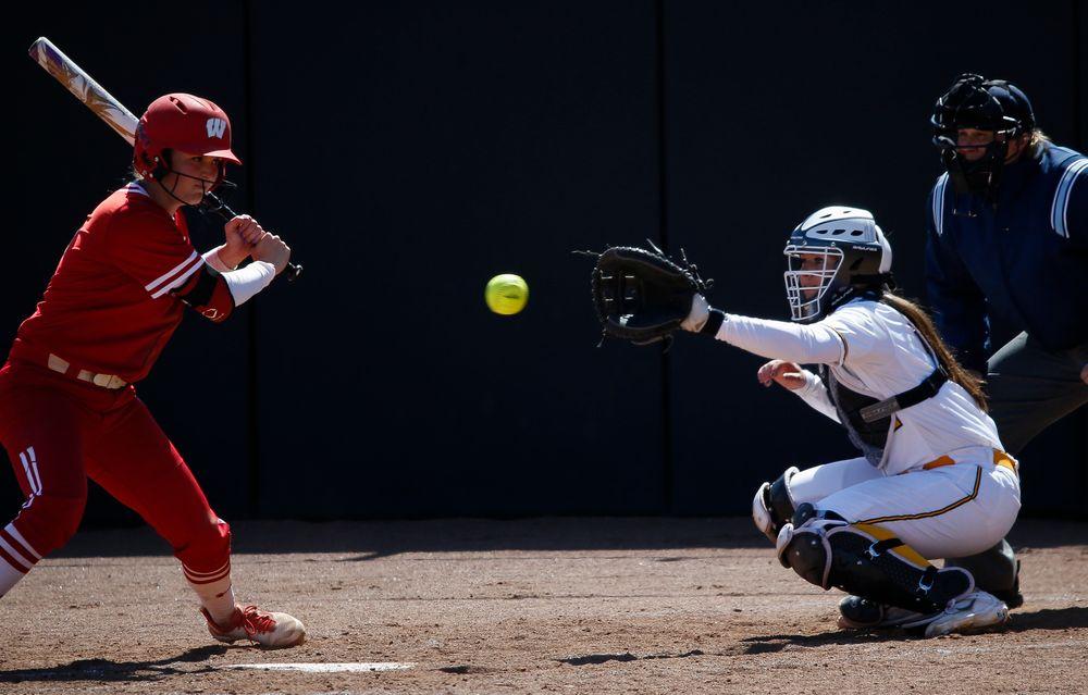 Iowa Hawkeyes catcher Angela Schmiederer (12)