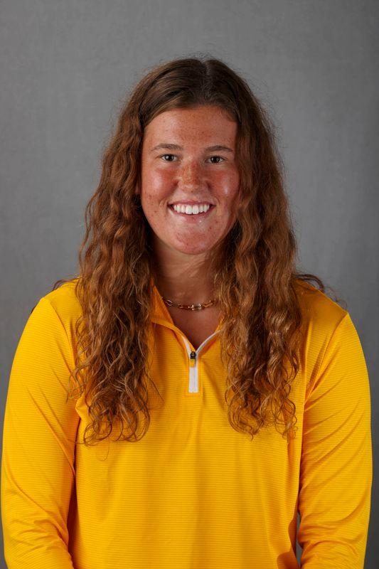 Verity Carstensen - Women's Rowing - University of Iowa Athletics